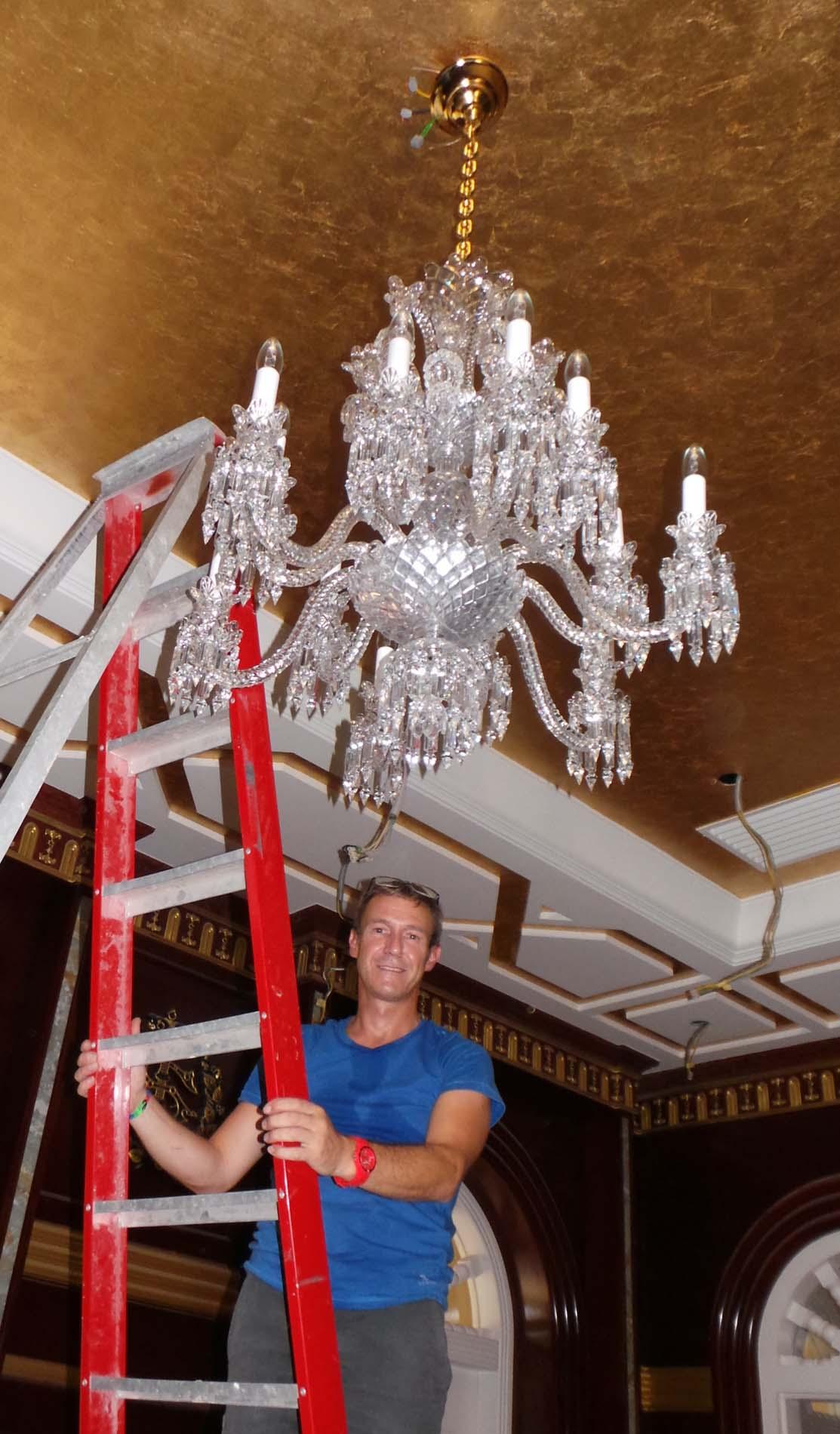 Patrick Vandenhelsken - Restaurateur de luminaires