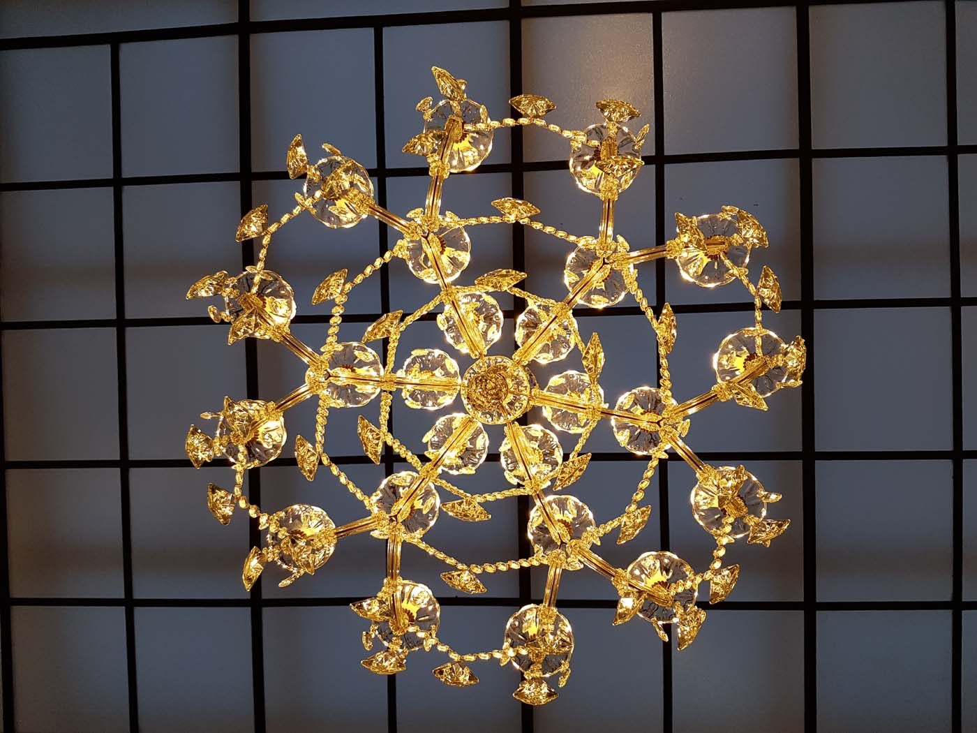 dessous-lustre-marietherese-24-lampes