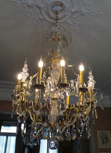 Restauration d'un lustre bronze et cristal