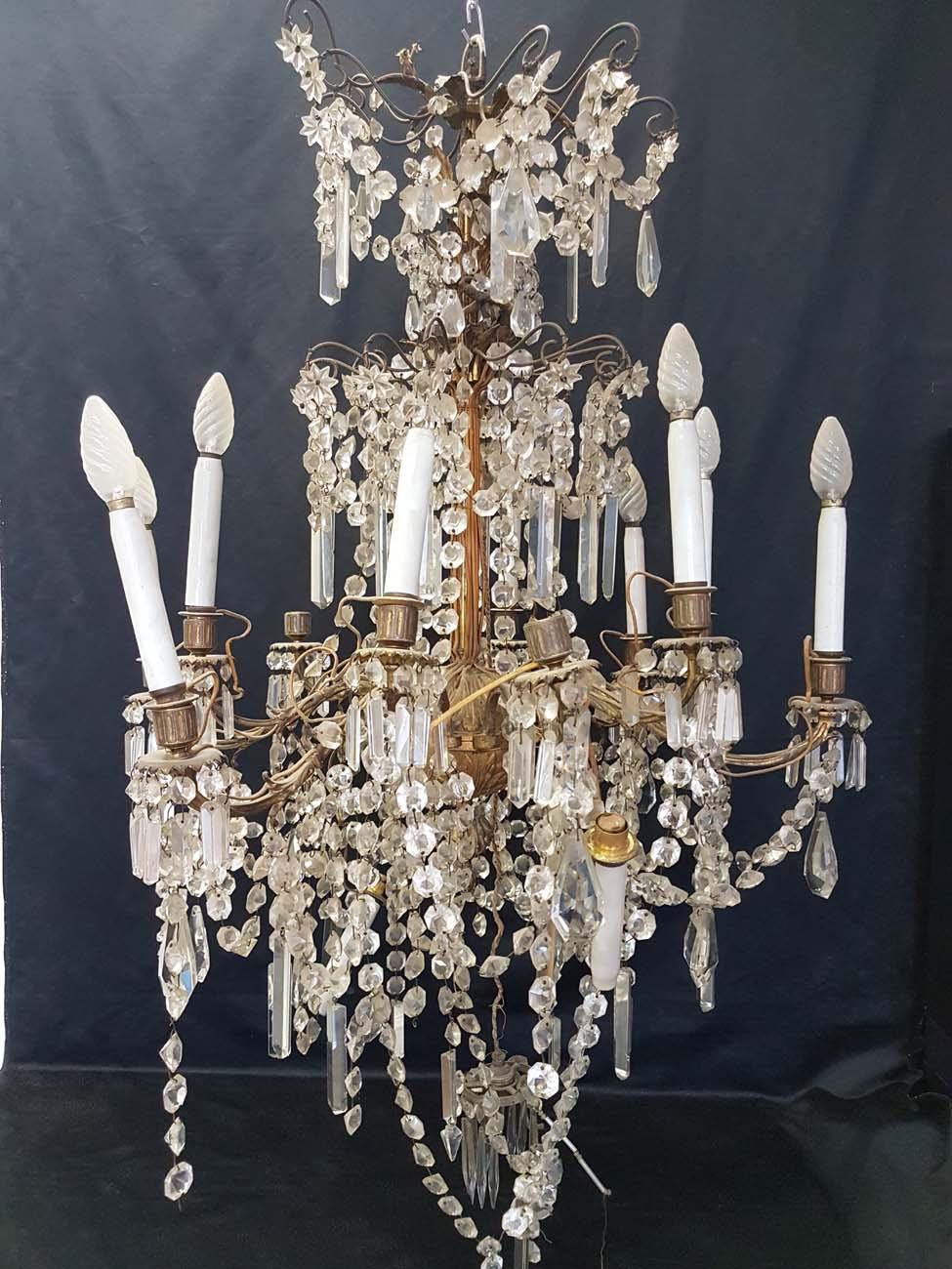 Avant restauration lustre bronze et cristal 12 lumières XIX ème